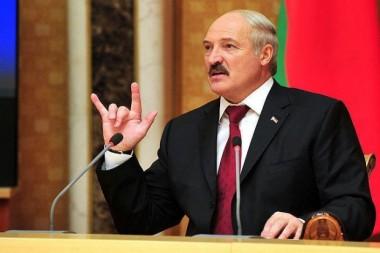 Лукашенко заметили в компании неизвестной женщины: скоро появится новая первая леди Беларуси? (ВИДЕО)