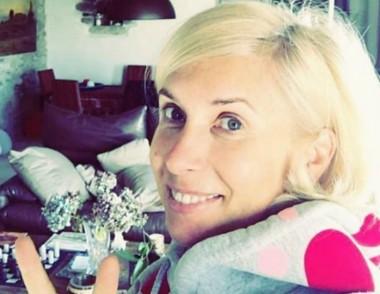 54-летняя Алена Свиридова восхитила поклонников фотографией без макияжа