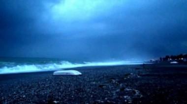 Ученые в растерянности: в Средиземном море рыбаки сняли на видео необъяснимые взрывы (ВИДЕО)