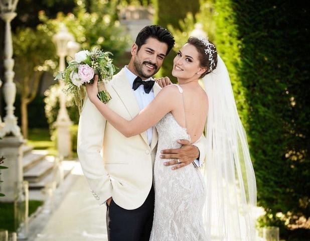 "Знаменитый турецкий красавец-актер из ""Роксоланы"" наконец-то женился"