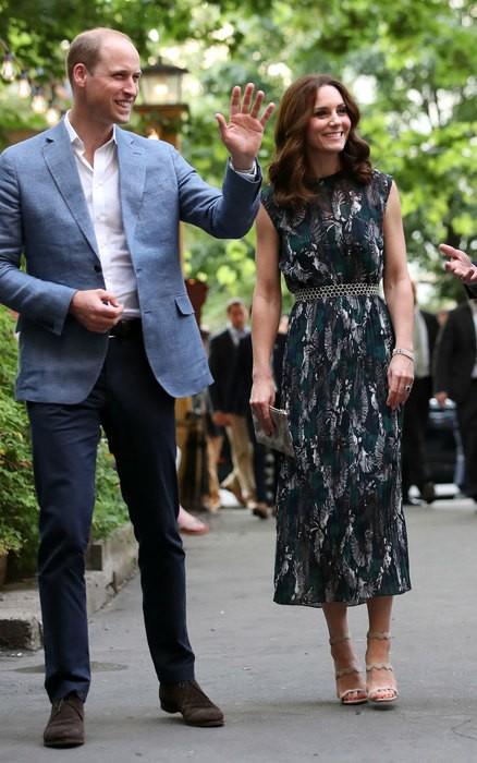 Кейт Миддлтон надела новое платье и прогадала с длиной (ФОТО)