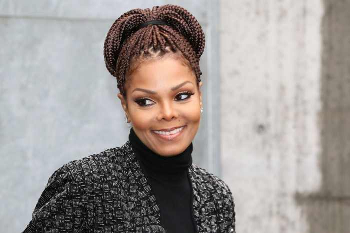 a biography of janet jackson a famous american singer