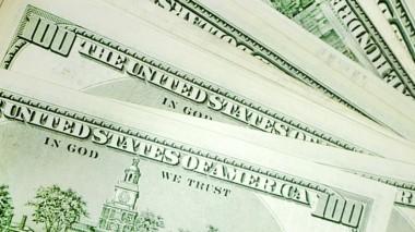 В Пуэрто-Рико из-за дефицита наличных отправили самолет с долларами