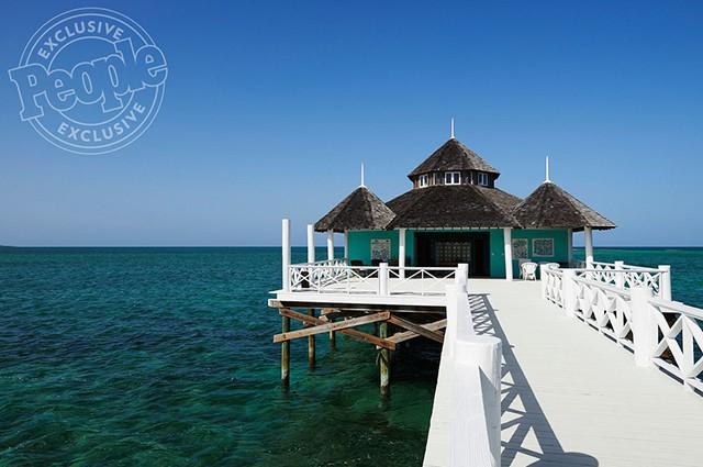 Серена Уильямс и Алексис Оганян проводят медовый месяц на Багамах (ФОТО)