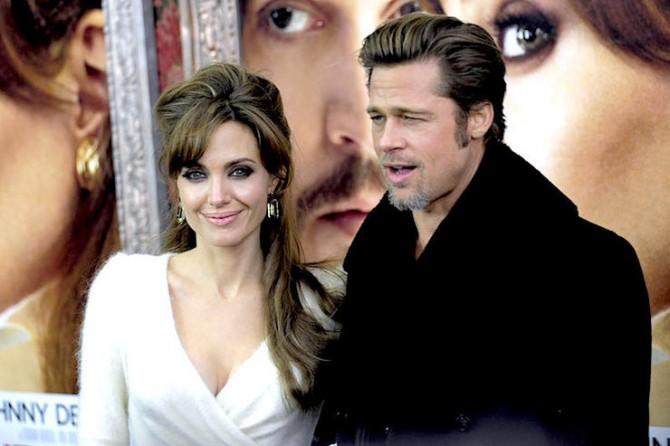 Анджелина Джоли хочет помириться с Брэдом Питтом (ФОТО)