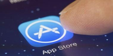 """В App Store появилось приложение, закрывающее """"монобровь"""" у iPhoneX"""