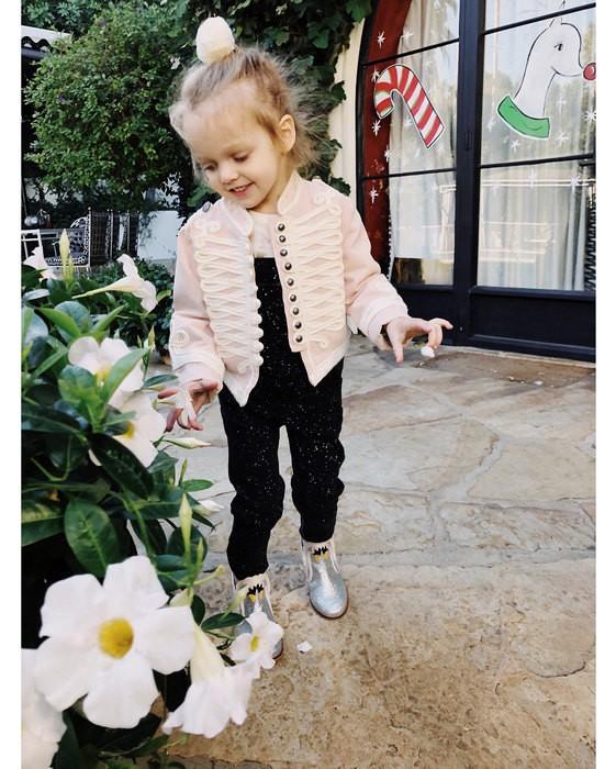 Кристина Агилера поделилась редким снимком трехлетней дочери (ФОТО)