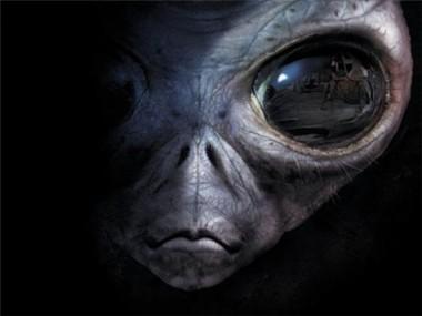 Уфолог опубликовал видео с инопланетными базами на Луне