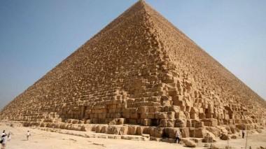 Ученые раскрыли, что может скрывать в себе тайная комната в пирамиде Хеопса