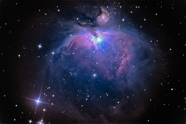 """NASA показало завораживающее видео """"полета"""" сквозь Туманность Ориона (ВИДЕО)"""