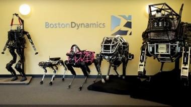 Ученые научили робота-собаку открывать двери другому роботу (ВИДЕО)