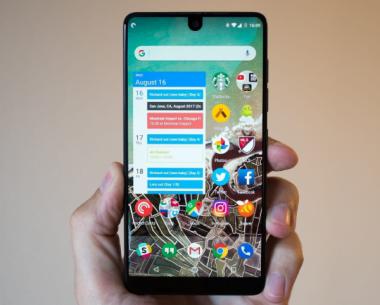 Подтверждена разработка смартфона Essential Phone 2