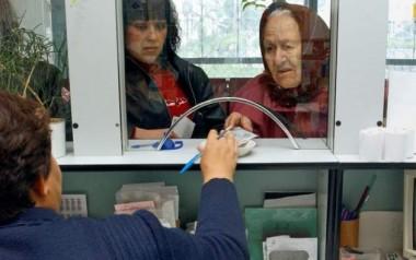 Украинцам пообещали повысить пенсии