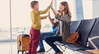 Украинским родителям станет проще вывезти детей за границу