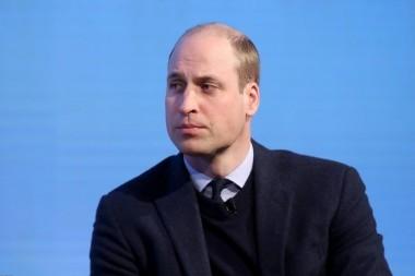 Принц Уильям разослал поклонникам свой портрет