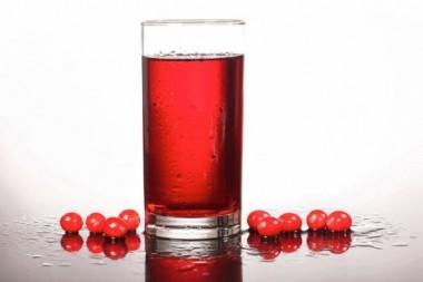 Ученые: клюквенный сок спасет от артрита и вылечит суставы