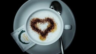 Ученые: для потребления кофе нужно выбирать определенные часы во избежание тяжелых последствий