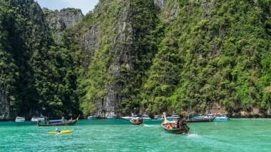 Пляжный спасатель в Таиланде выиграл в лотерею почти миллион долларов