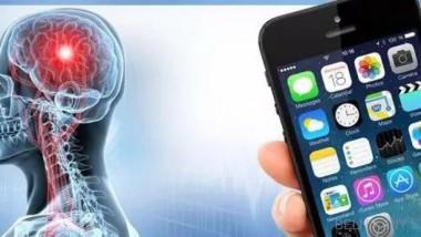 Ученые: излучения телефонов не вызывают рак мозга