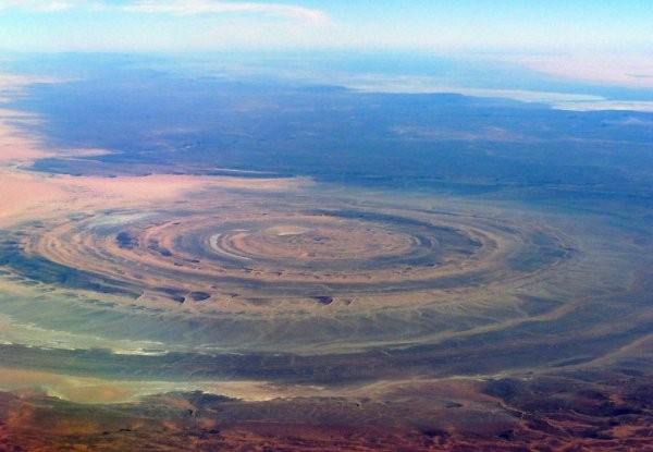 На Юпитере и Земле найдены космодромы для гигантских НЛО (ФОТО)