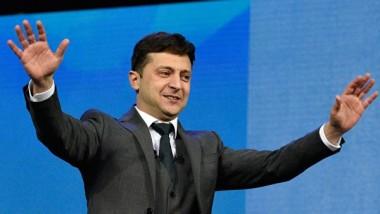 Зеленский поблагодарил украинцев и объявил конкурс на должность спикера президента