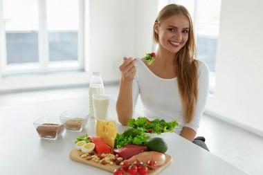 Шесть продуктов, которые стоит есть в определённое время, чтобы похудеть