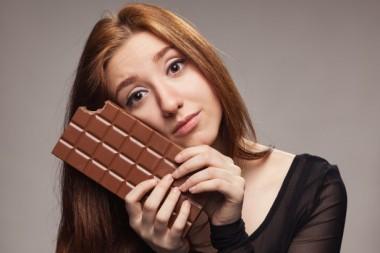 Увлечение сладостями может сигнализировать о слабоумии