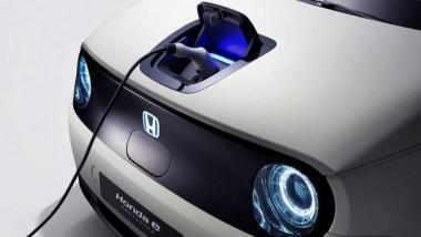 Серийную версию электромобиля Honda e покажут через пару дней