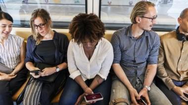 Американцам готовы платить тысячу долларов в неделю за отказ от смартфонов