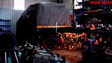 Hennessey показали процесс постройки шестиколёсного Ford Velociraptor (ВИДЕО)