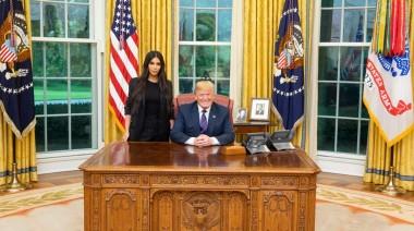 Ким Кардашьян поборолась за права заключенных в Белом доме