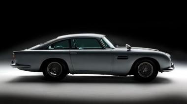 Aston Martin DB5 агента 007 уйдет с молотка (ВИДЕО)
