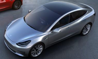 Tesla начала продавать подержанные электрокары Model 3