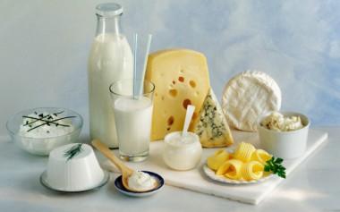Эксперты развенчали мифы о пользе кисломолочных на завтрак
