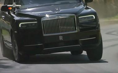 Тяжелый Rolls-Royce Cullinan утер нос спорткарам Гудвуда (ВИДЕО)