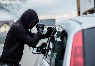 В США машину вора угнали прямо во время ограбления