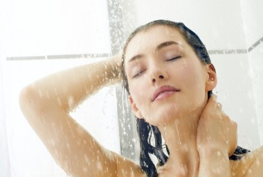 Почему врачи не советуют мыться каждый день