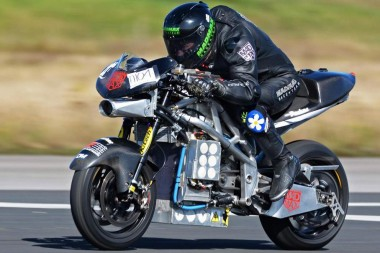 Установлен рекорд скорости на электрическом мотоцикле