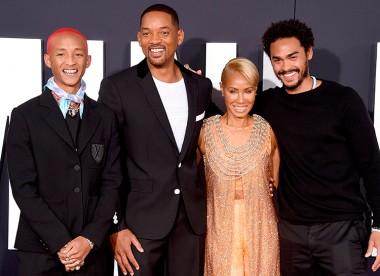"""Уилл Смит с женой и сыновьями эмоционально представили свой новый фильм """"Гемини"""" (ВИДЕО)"""