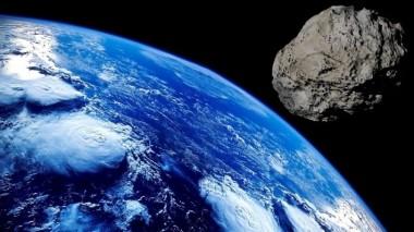 Астероид диаметром в километр летит в сторону Земли