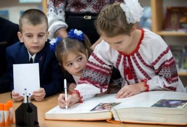 В школах Киева усилят охрану