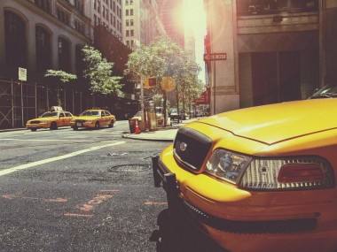 Знаменитые «желтые такси» Нью-Йорка станут электрическими