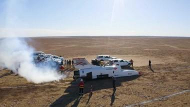 Ракетамобиль Bloodhound LSR разогнался до 537 км/ч за 13 секунд (ВИДЕО)