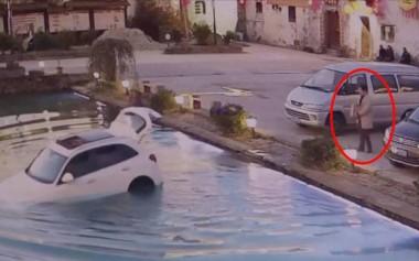 Этот водитель оставил двигатель и собаку наедине. Больше он так не сделает (ВИДЕО)
