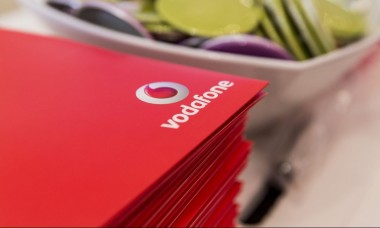 Компания Vodafone по ошибке продала 500 стартовых пакетов по цене одного (ВИДЕО)