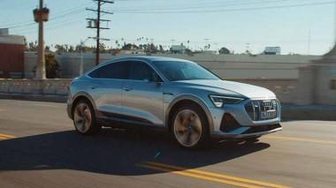 Audi рекламирует новый E-Tron Sportback (ВИДЕО)