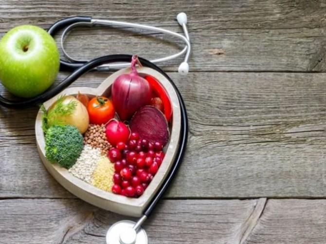Названы три аспекта сердечного здоровья, которые связаны с питанием