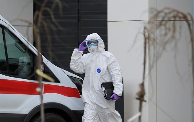 В Украине от коронавируса умерли 13 человек, а число заболевших продолжает расти