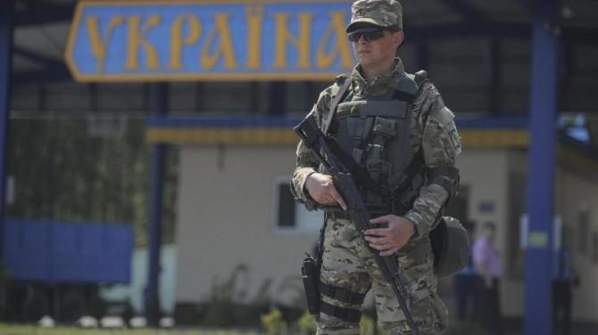 Из-за коронавируса украинских пограничников обеспечили средствами индивидуальной защиты