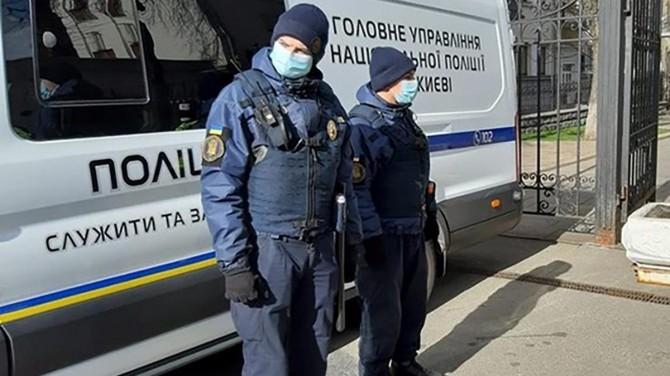 В Киеве взялись за нарушителей карантина